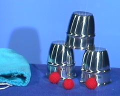 Cups & balls alu klein Morrissey