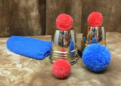 Tommy Wonder Two Cup Set – met Pom-Pom (messing)